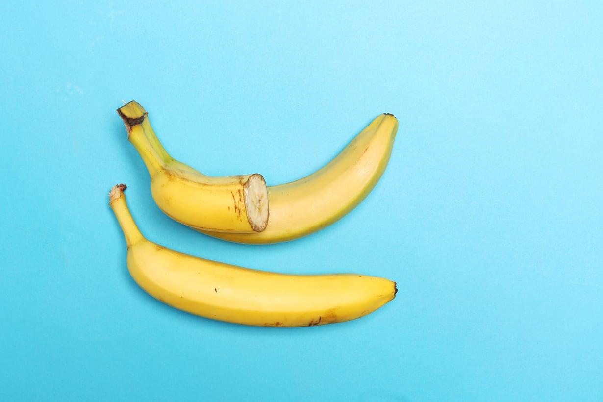 Banaanikasvin hedelmä on luokiteltu kasvitieteessä marjaksi. Kuva: Sanoma-arkisto / Sami Kero