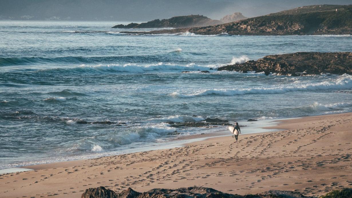 Euroopan suosituimmatkin rannat ovat upeita, kun niillä vierailee turistikauden ulkopuolella.