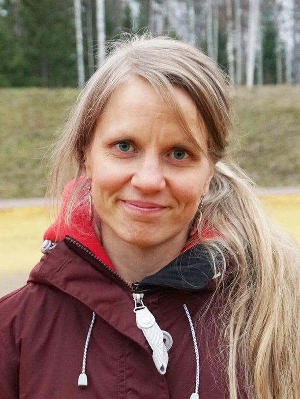 Lotta-Leena Vornanen luki erityisherkkyydestä kirjasta ja tajusi, että tämähän kuulostaa tutulta.