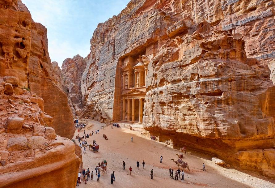 Petran ruusunpunainen kalliokaupunki on mykistävän kaunis. Kuva: Shutterstock