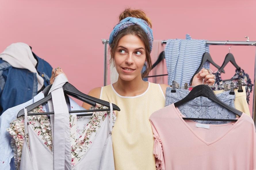 Tarvitsenkohan nämä kaikki vaatteet oikeasti?