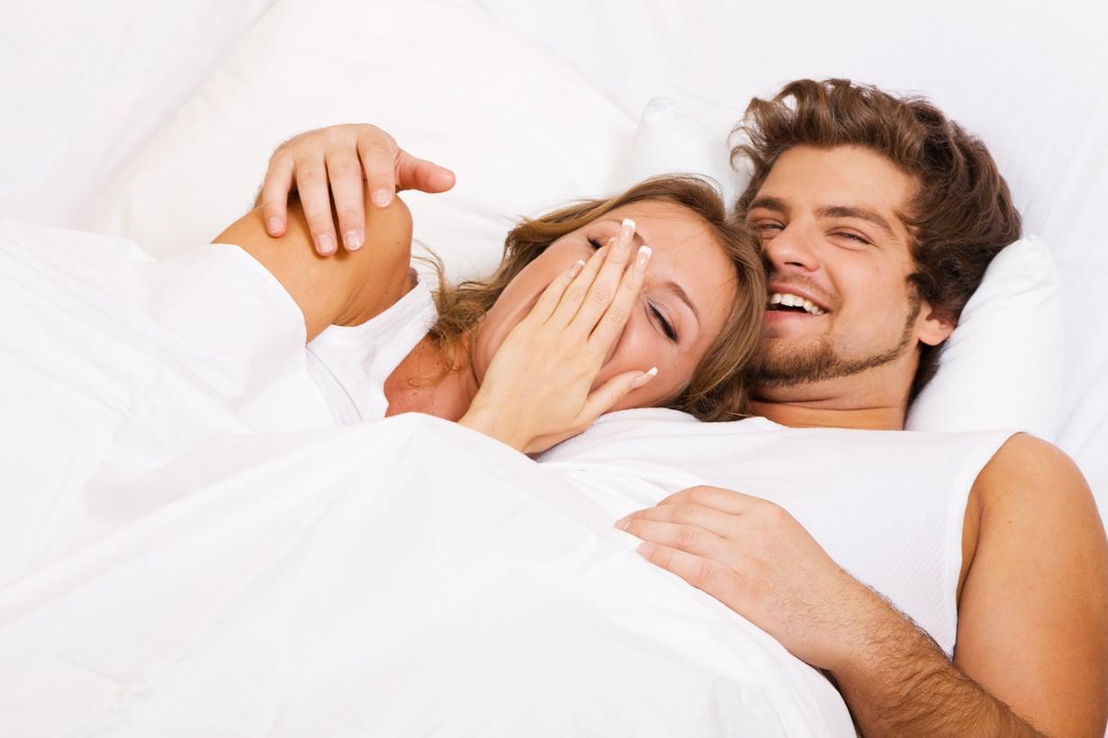 Dating nukkuminen yhdessä