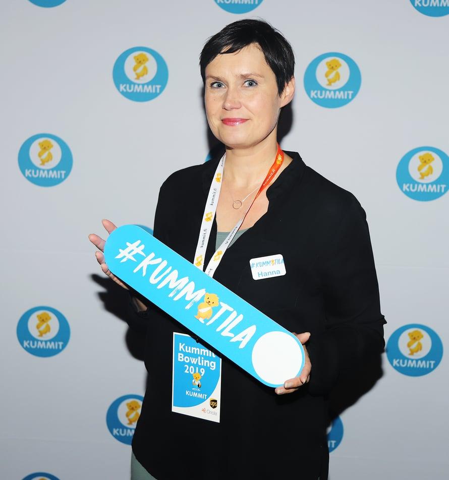 """""""Olemme mieheni kanssa pari viime vuotta rakentaneet Järvenpäähän omakotitaloamme, joten vapaa-ajan ongelmia ei ole ollut"""", Hanna kertoi Lastenklinikoiden Kummien tapahtumassa."""