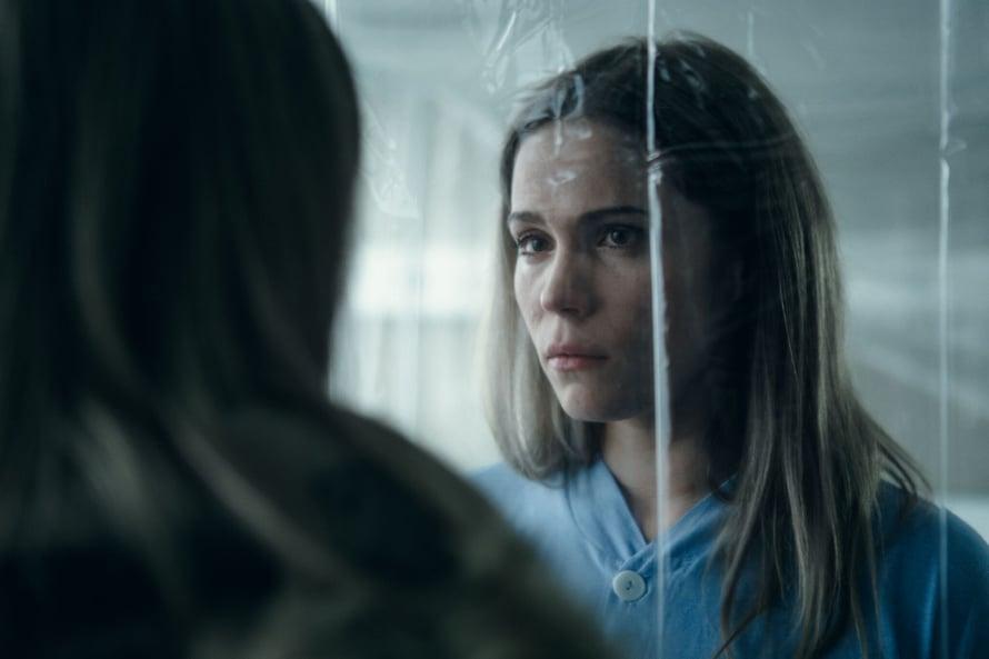 Marita Kautsalo on ollut eristyksissä melkein koko sarjan ajan. Joko hän pääsisi vapauteen? Kuva: Elisa Viihde