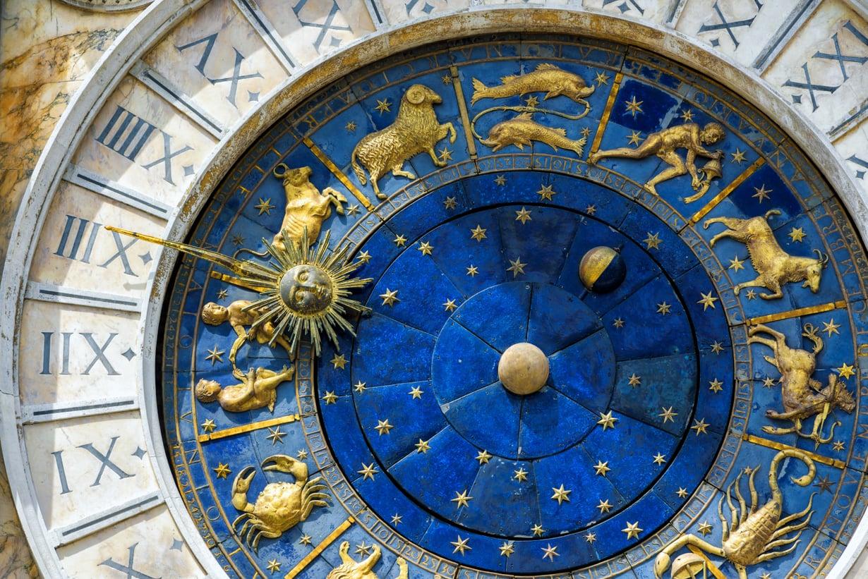 Epävirallisempi astrologia tuntee myös aurinkomerkin Muumit, joka ei ole aamu- eikä iltaihminen vaan haluaa koko ajan nukkua. Kuva: Shutterstock