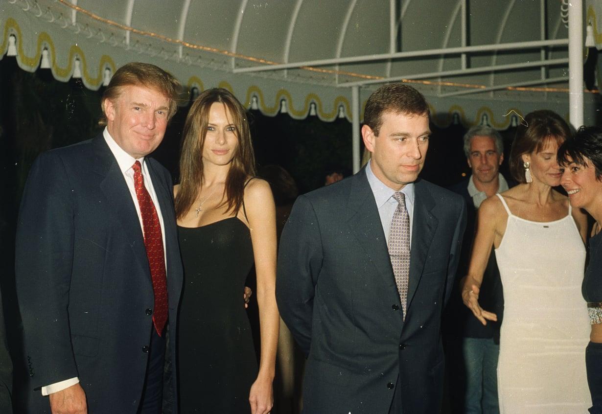 Prinssi Andrew'n kanssa samoihin kuviin on ikuistettu myös Yhdysvaltain nykyinen presidentti Donald Trump puolisoineen.