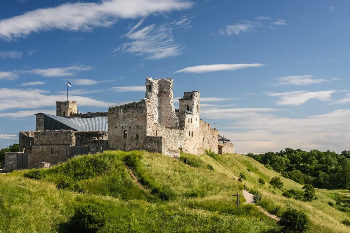 Rakveresta löytyy kiehtova linnoitus ja Viron paras kylpylä. Kuva: Shutterstock