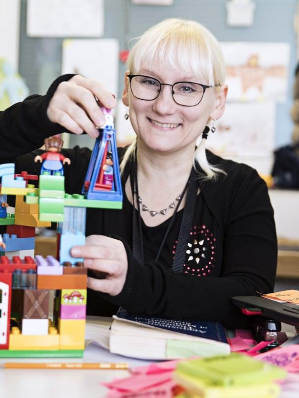 Pauliina Ilmonen toivoo joululahjaksi legoja.