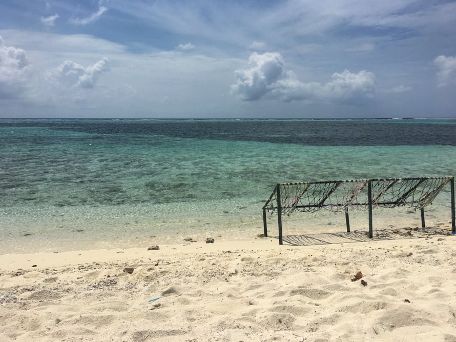 43.–48. Malediivit: