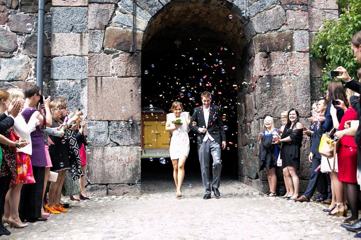 Sarjan ensimmäisellä kaudella avioituneet Viola ja Esa viettivät tänä kesänä puuhääpäivää ja saivat toisen lapsensa.