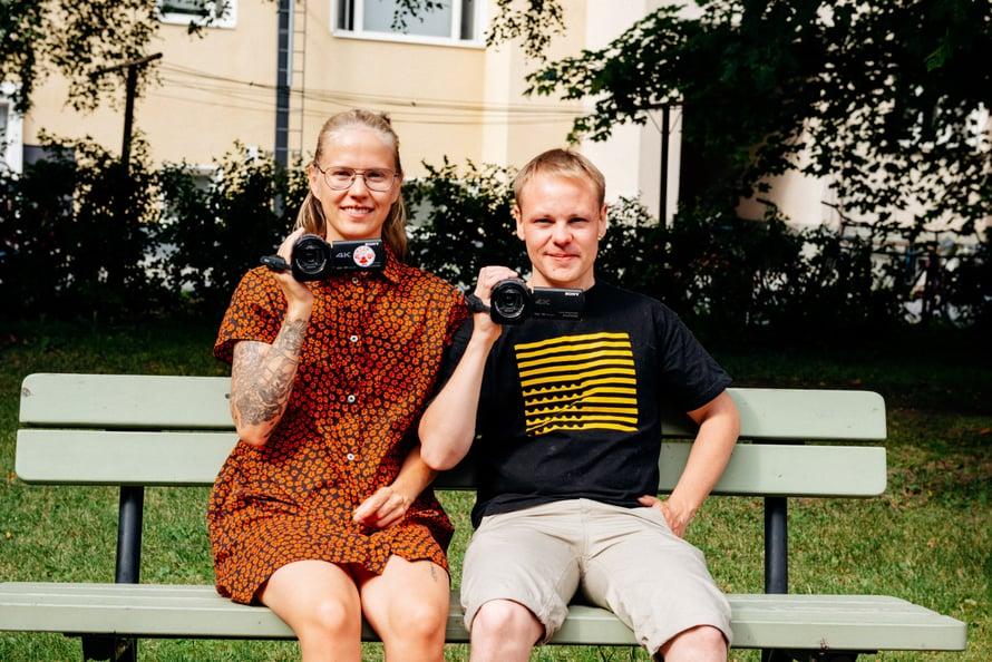 Klaara ja Matti taltioivat muuttoaan ja siihen liittyviä tuntemuksiaan.