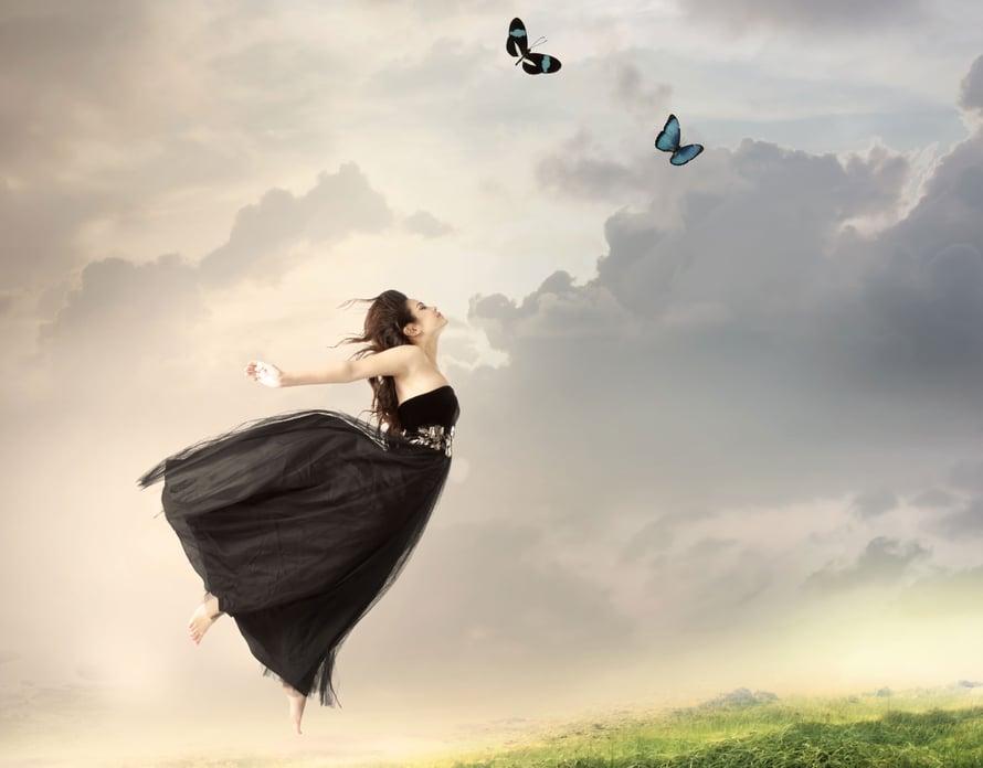 Lentäminen Unessa