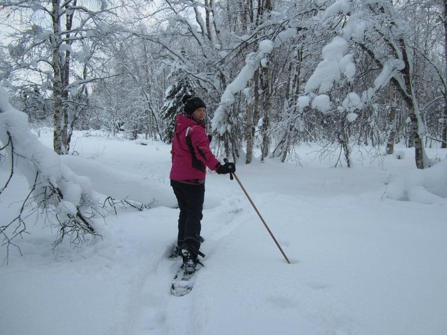 Lumikenkien hankkiminen kannusti jatkamaan aamulenkkeilyä.