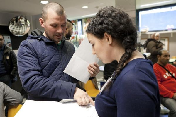 Edmondin vaimo on saanut 11000 euron edestä sairaalalaskuja. Summa kertyy yllättävän nopeasti, jos Kela ei korvaa.