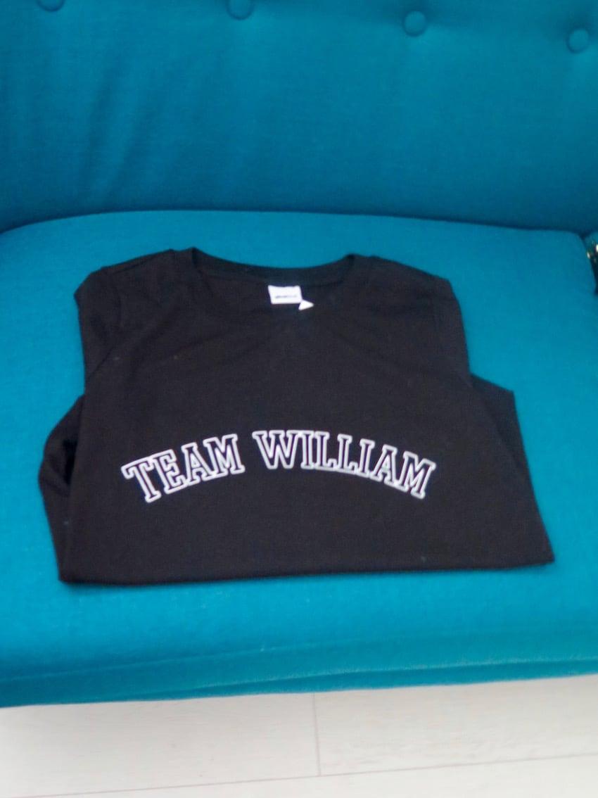 TEAM WILLIAM -paita on vielä korkkaamatta.