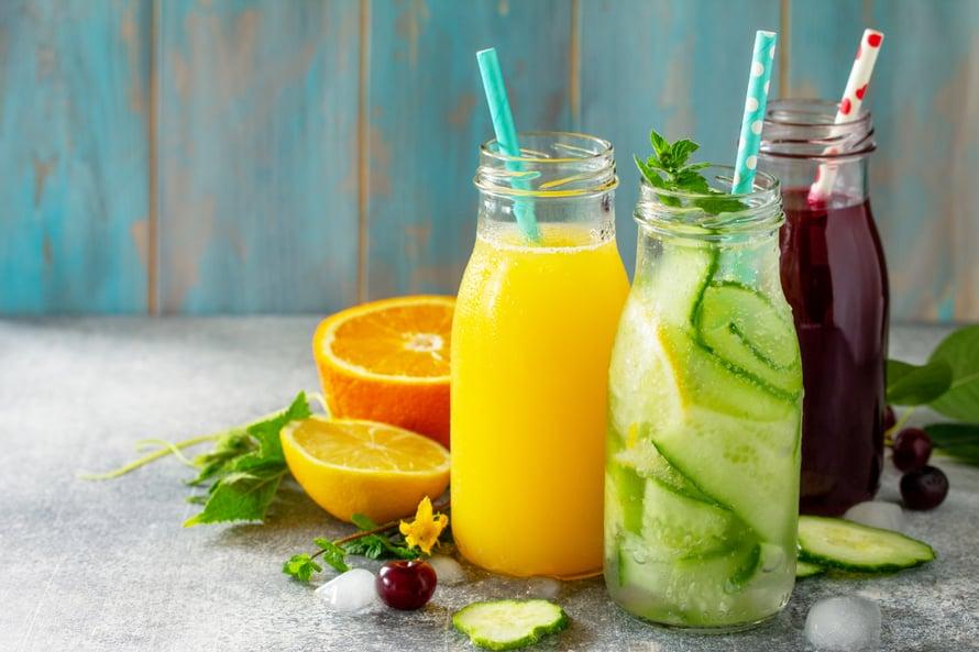 Lasillinen appelsiinimehua voi tehostaa raudan imeytymistä.