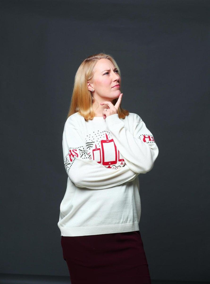 Aivotutkija Mona Moisala työskentelee tutkijatohtorina Helsingin yliopistossa. Hän on huomannut esikoistaan hoitaessaan, miten vaikeaa äidin on keskittyä tekemään vain yhtä asiaa kerrallaan.