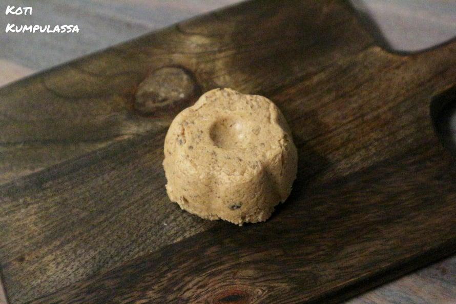 Afrikkalainen musta saippua ja Kuolleenmeren suola yhdessä neemöljyn kanssa auttaa taistelussa iho-ongelmia vastaan