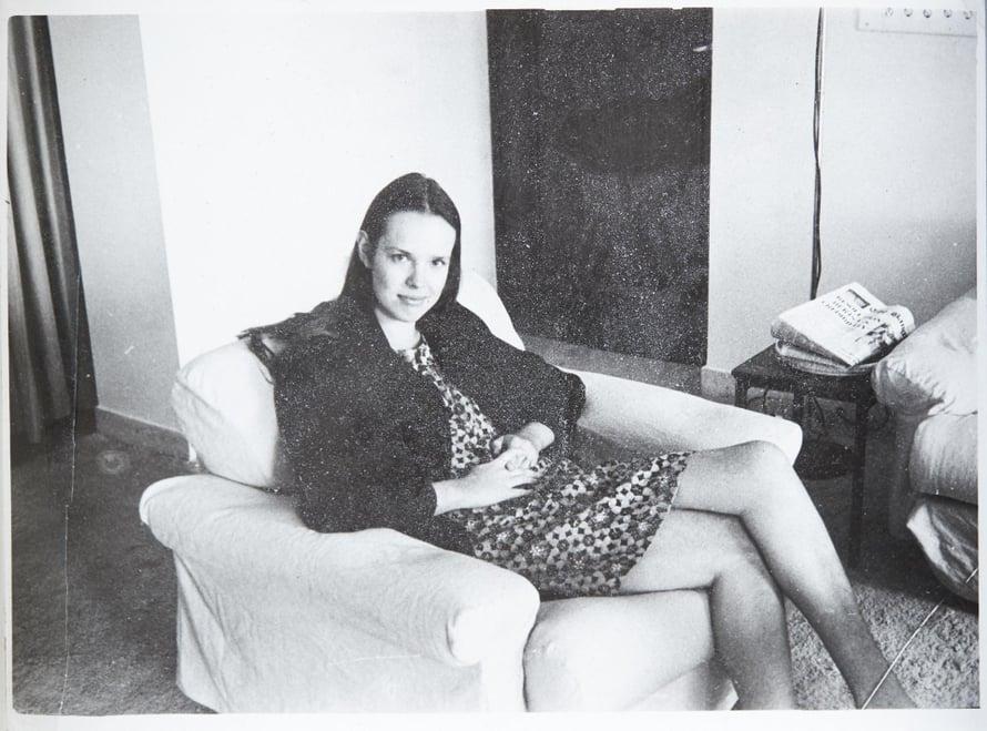 1966. Helsingin-kodissa 21-vuotiaana opiskelijana.