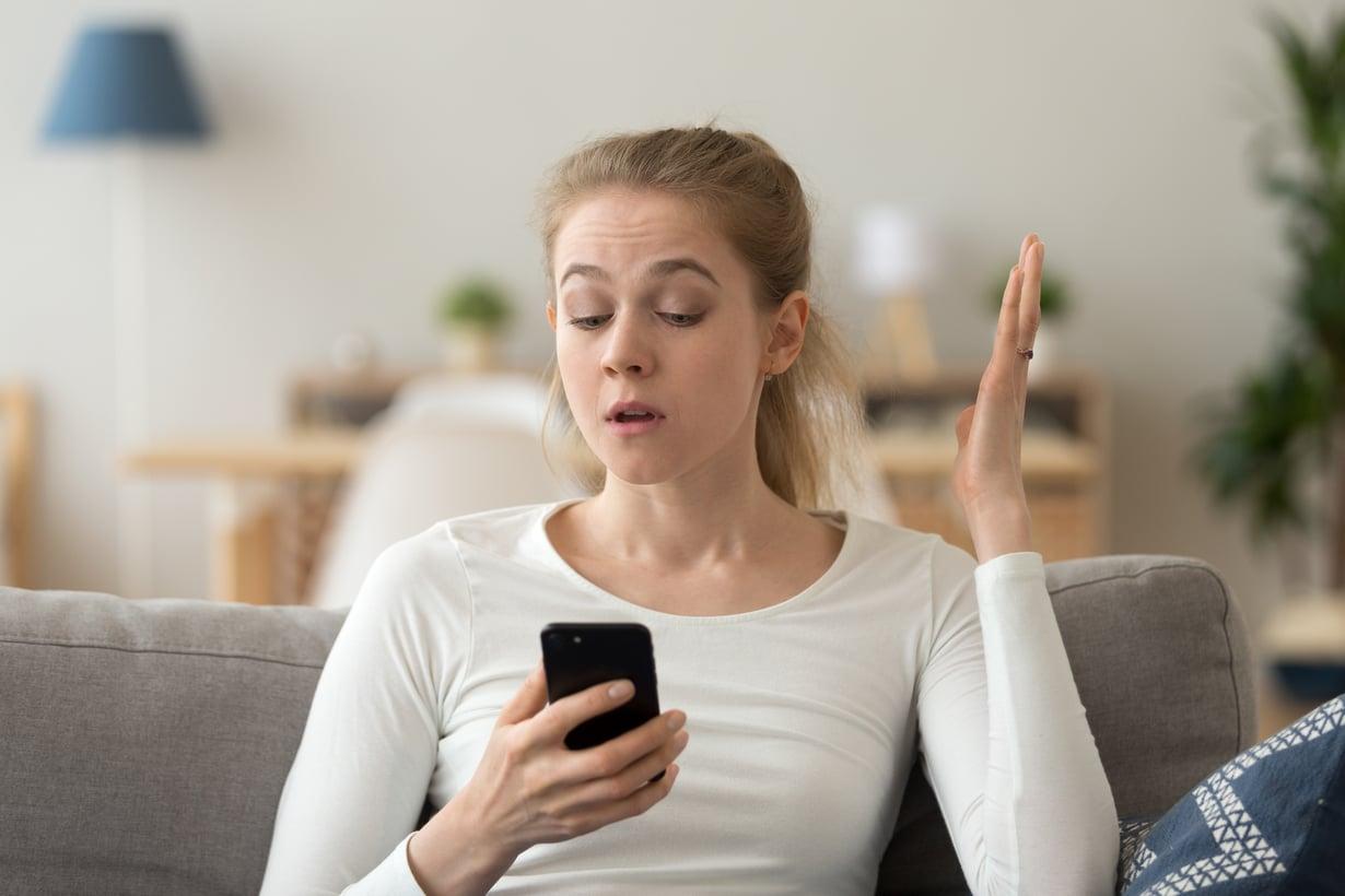 """Se on """"enää"""" eikä """"enään""""! Jos kielioppivirheet ärsyttävät sinua suunnattoman paljon, olet todennäköisesti introvertti. Kuva: Shutterstock."""
