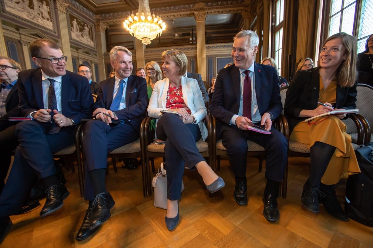 Seuraavaa hallitusta ovat olleet muodostamassa Juha Sipilä (kesk.), Pekka Haavisto (vihr.), Anna-Maja Henriksson (r.), Antti Rinne (sd.) ja Li Andersson (vas.).