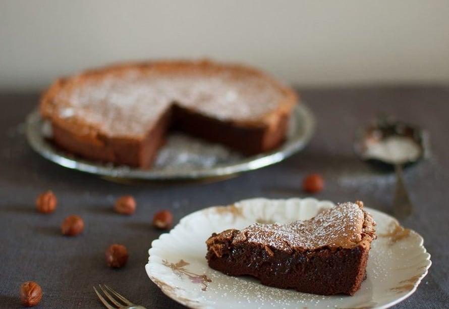 """Kahden raaka-aineen Nutella-kakku ei ole syyttä somehitti. Kuva: <span class=""""photographer"""">Sanoma-arkisto / Laura Kaapro</span>"""