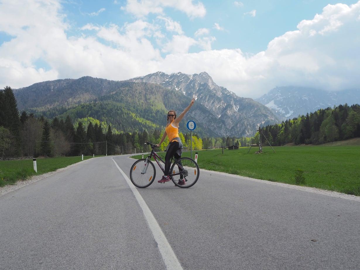 Kranjska Goran maisemissa kelpaa pyöräillä, sillä tiet ovat hyvässä kunnossa. Kuvat: Anu Kiiveri