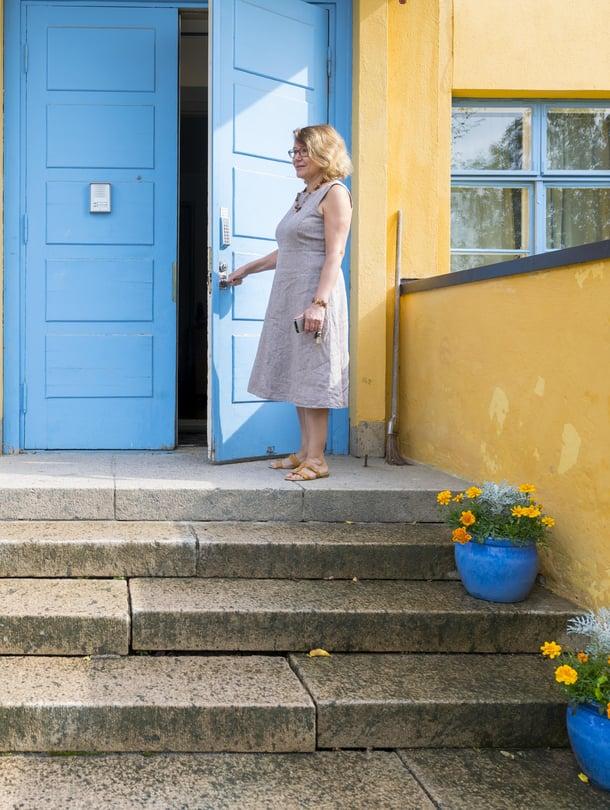 """Anna-Maija Miettisen Majatalo 22 on toiminut aiemmin muun muassa seurakuntatalona, kouluna, päiväkotina ja A-klinikkana. Kuva: <span class=""""photographer"""">Vesa-Matti Väärä</span>"""