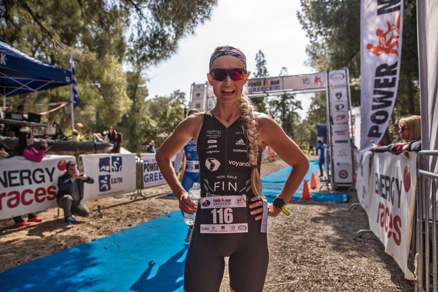 Viime maaliskuussa Noora osallistui ensi kertaa pyöräilyn ja juoksun yhdistävään duathlon-kisaan Kreikassa ja sijoittui yllätyksekseen toiseksi.