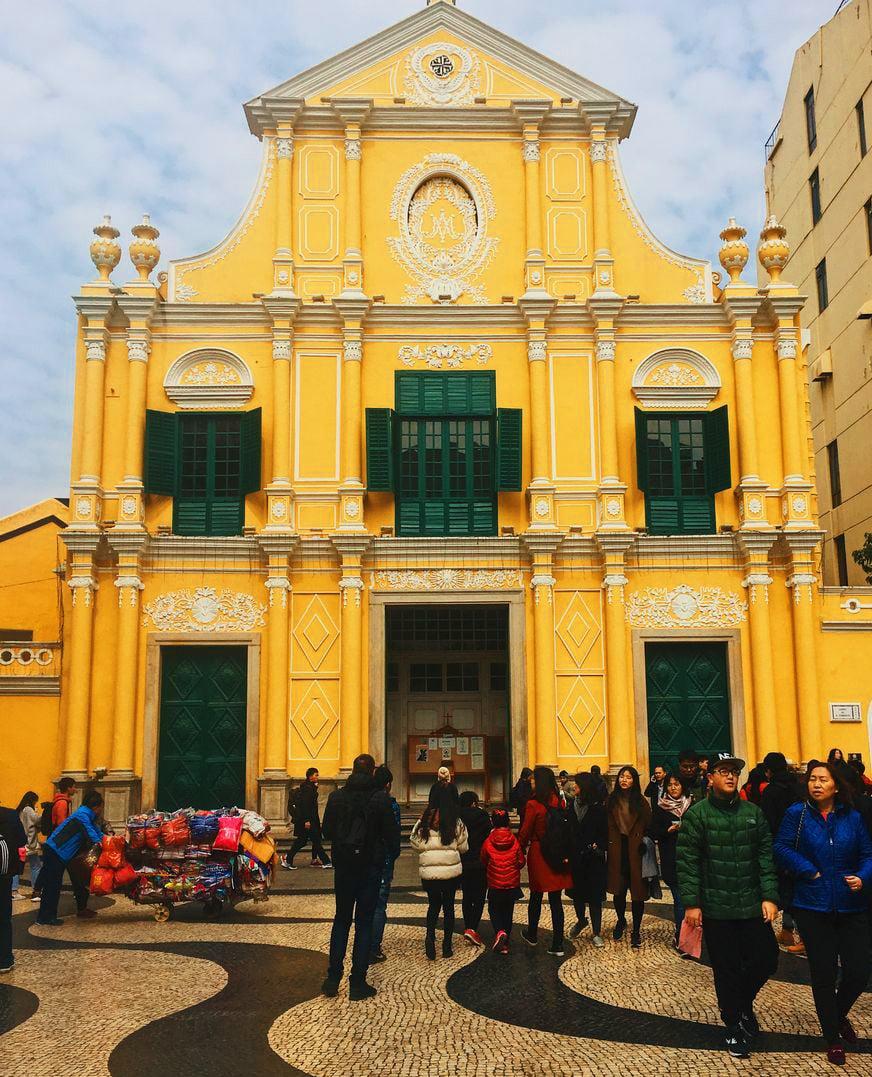 Pyhän Dominicuksen kirkko sijaitsee Macaon historiallisessa keskuksessa.