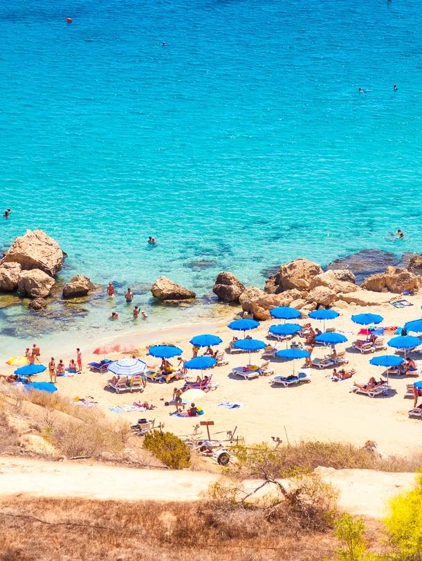 """Kyproksen Limassolissa piisaa lämpöä vielä pitkälle marraskuuhun. Kuva: <span class=""""photographer"""">Shutterstock</span>"""