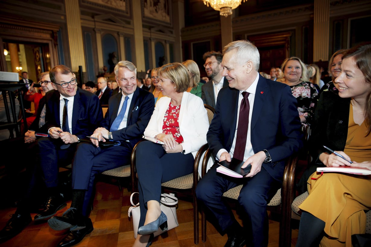 Hallituspuolueiden puheenjohtajat.