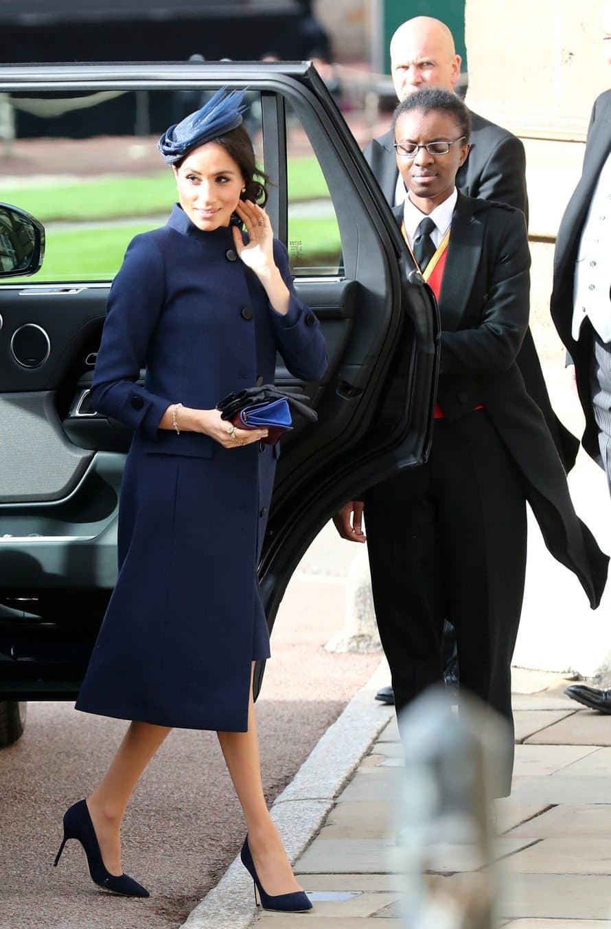 """Meghanin sininen mekko käynnisti hurjat raskausspekulaatiot. Kuva: <span class=""""photographer"""">Reuters</span>"""