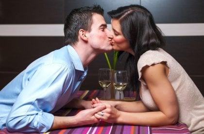 online dating kanssa akne