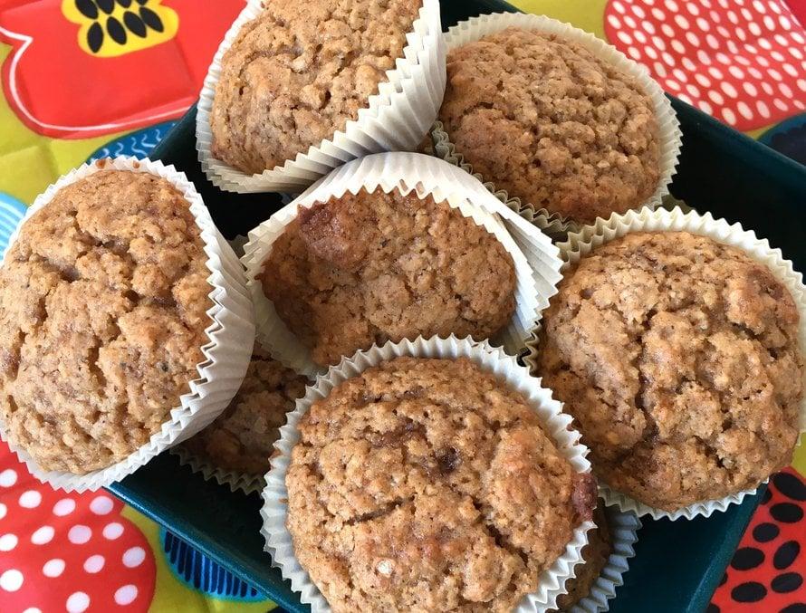 Omenamuffinit sopivat erinomaisesti pitkille aamiaisille ja iltapäiväkahveille.