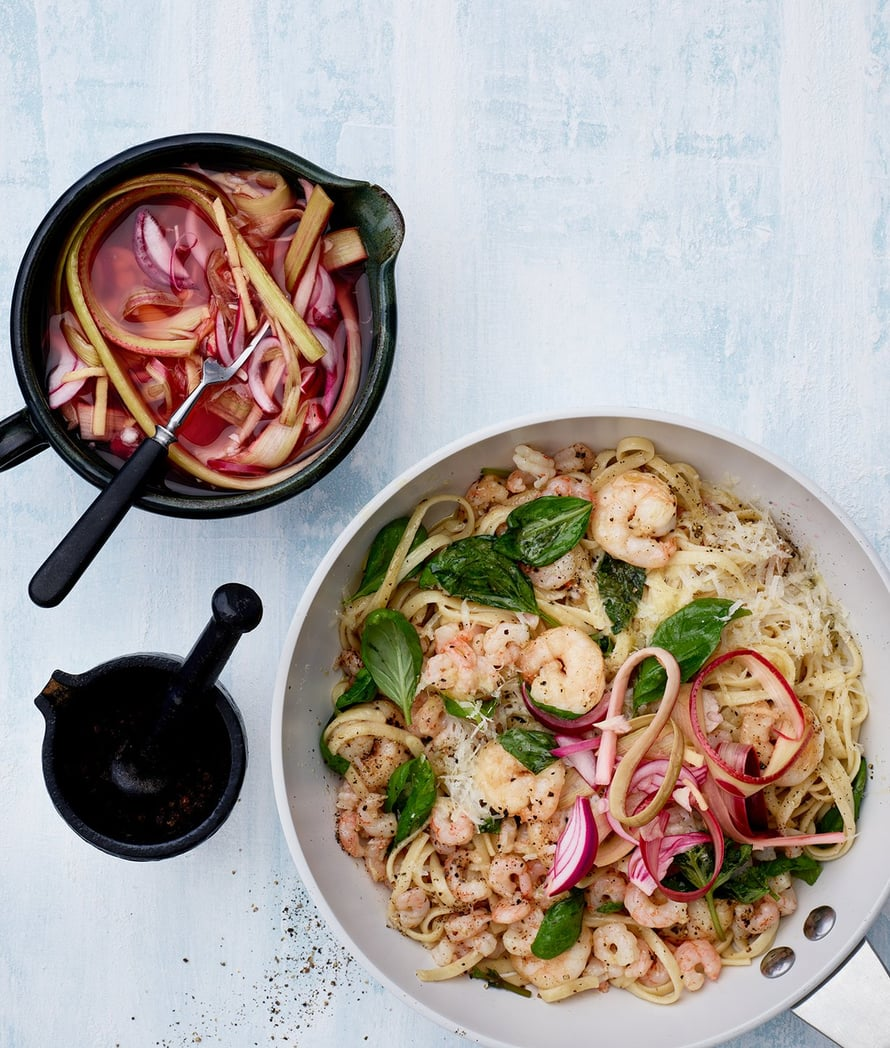 Helppo pasta maustetaan inkiväärillä.