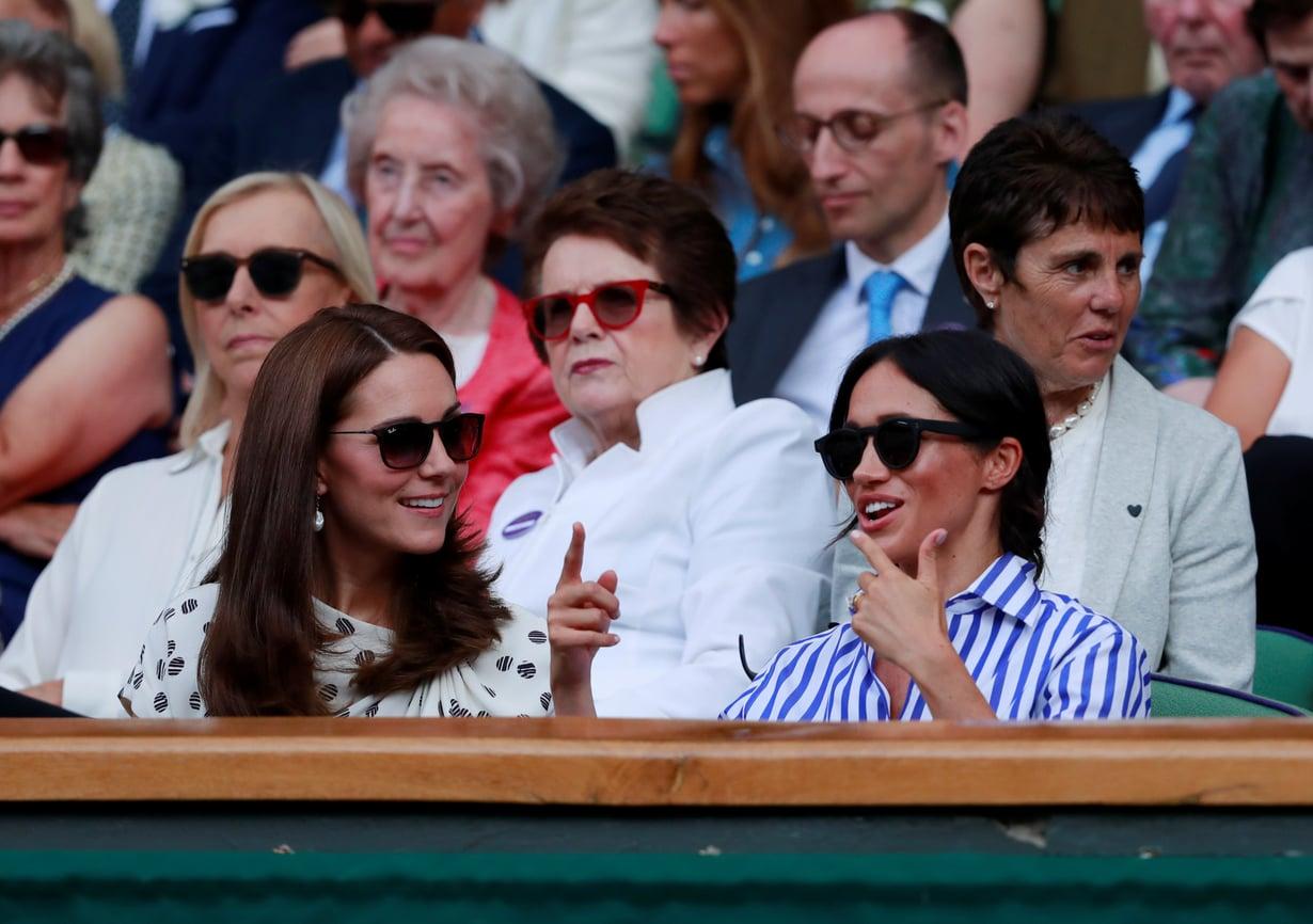 Aurinkolasit päähän, ja kukaan ei tunnista. Kuva: Reuters