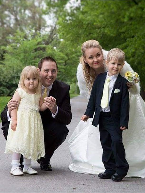 Tiian ja Antonyn häitä vietettiin Suomessa vuonna 2016. Mukana olivat tietenkin lapset Lukas ja Lianna.