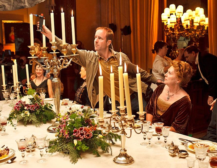 Suosikkisarja Downton Abbeyn herrasväki illastaa komeasti, kiitos ruokastailisti Lisa Heathcoten.