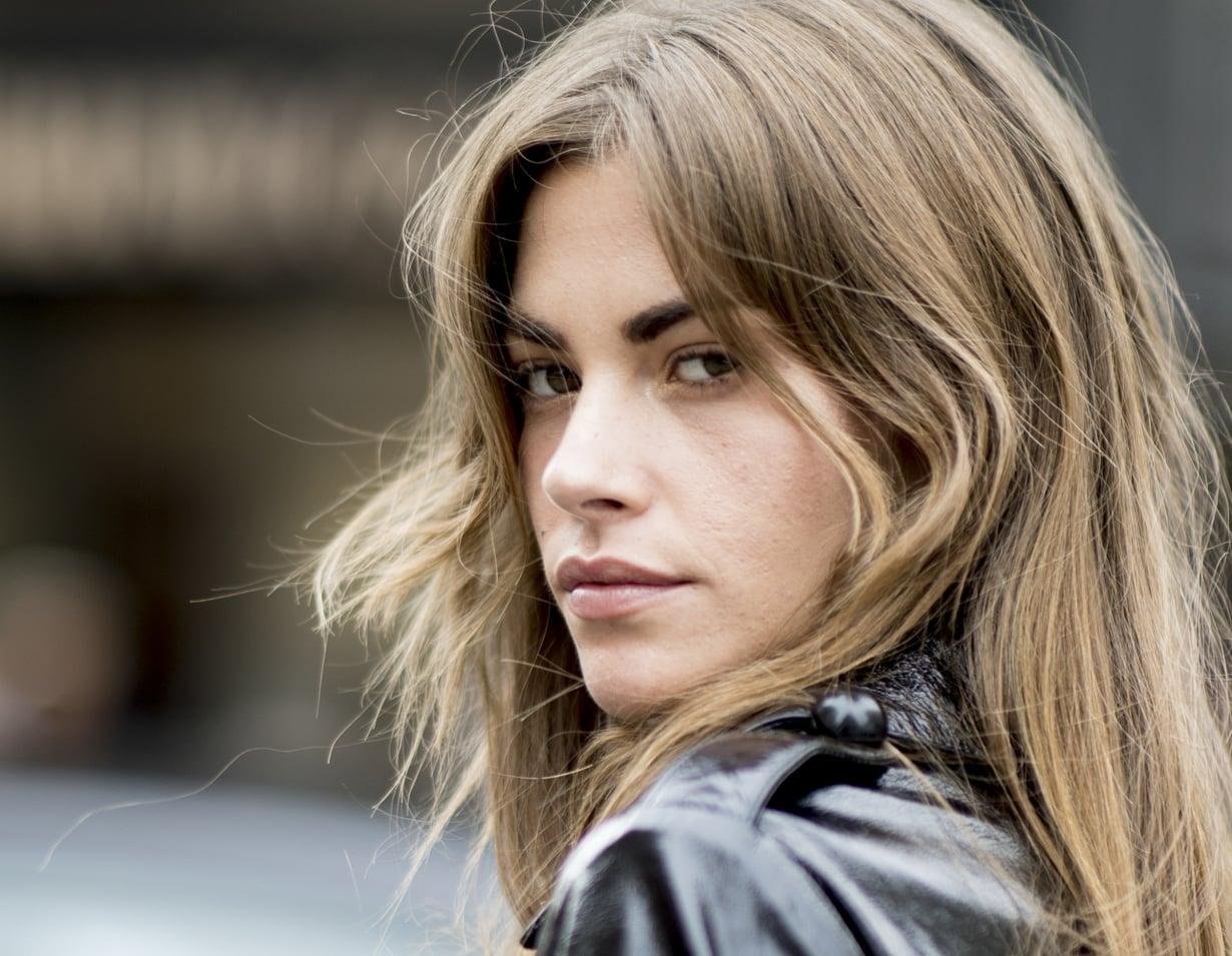 Helppoa ja huoletonta, kiitos! Esimerkiksi tällaista tukkatyyliä nähtiin Milanon kaduilla viimesyksyisten muotiviikkojen aikaan.