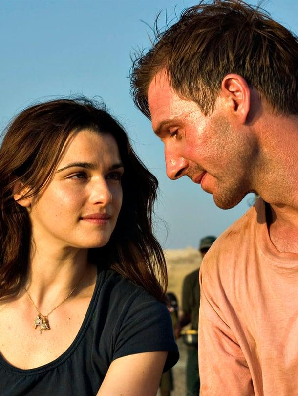 Rachel Weisz ja Ralph Fiennes näyttelevät avioparia. Weisz sai roolistaan Oscarin.