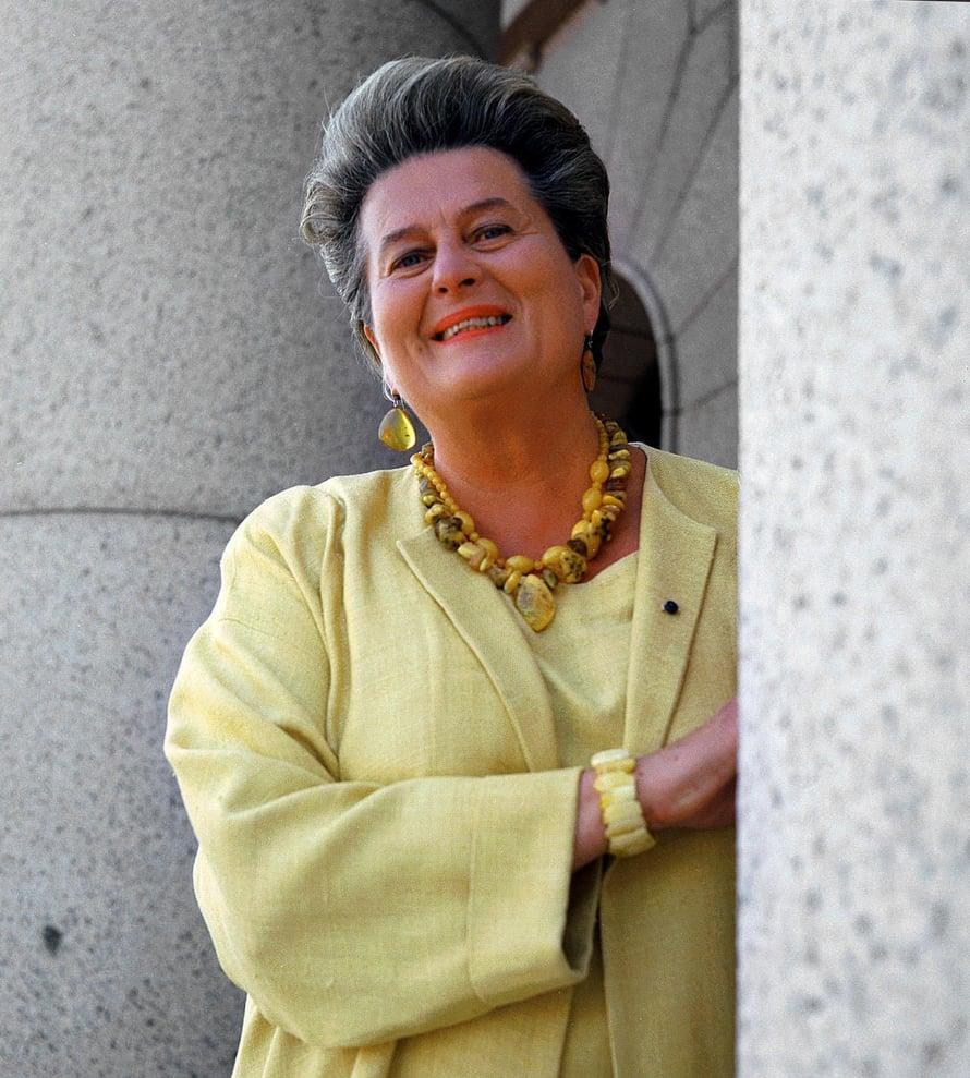 Eduskunnan puhemies Riitta Uosukainen 1994–2003.