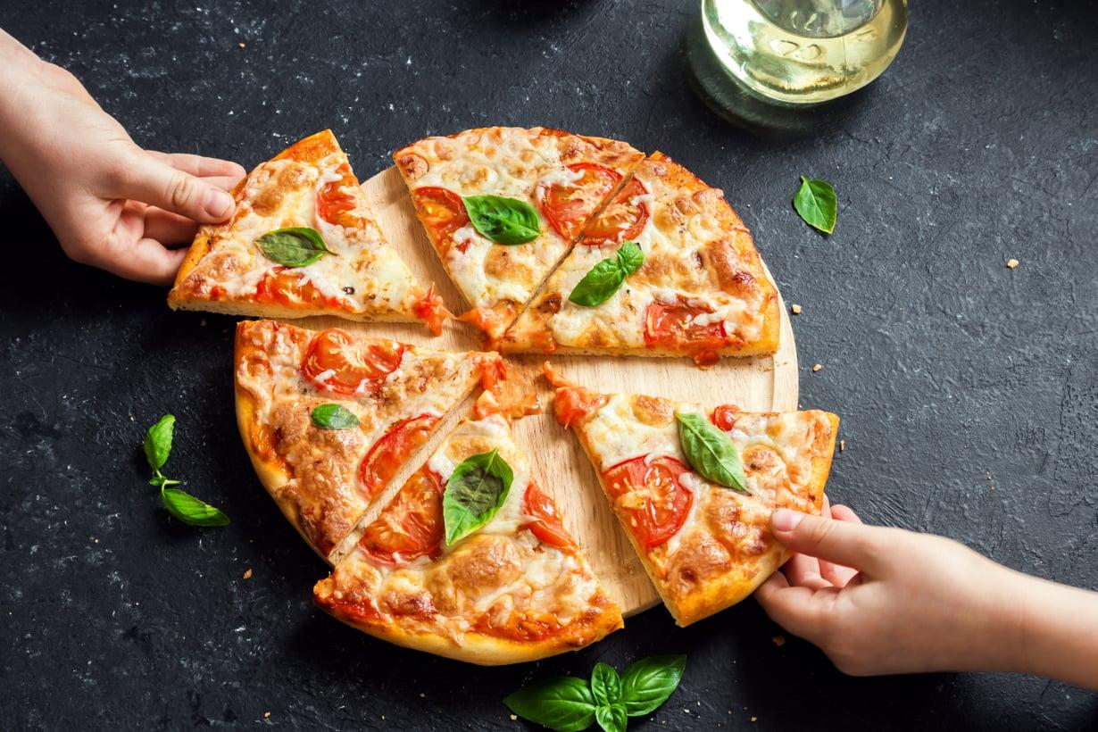 Nyt jos koskaan pizzaperjantai on paikallaan!