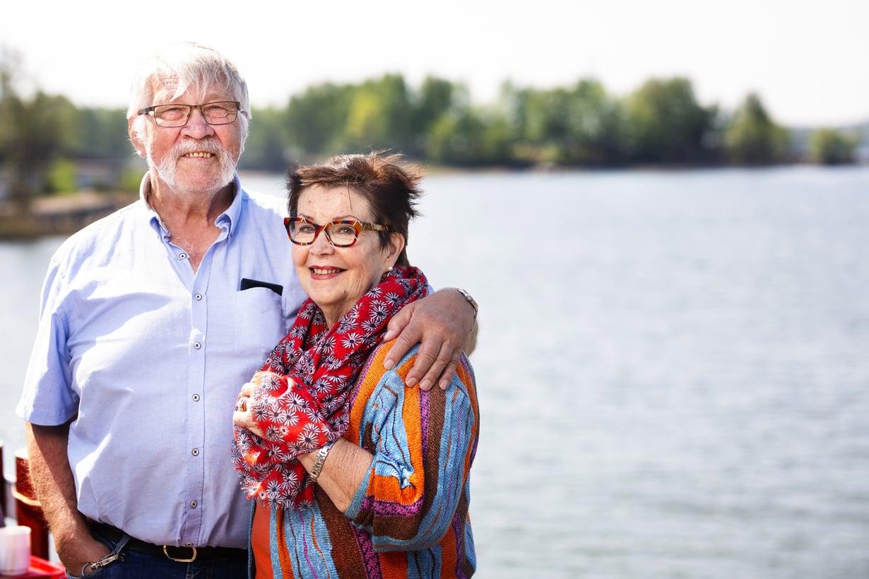 """Maikki ja Seppo lähentyivät yhteisen surun aikana. """"Meni pitkään ennen kuin huomasimme rakastuneemme."""" Kuvat: Jani Laukkanen"""