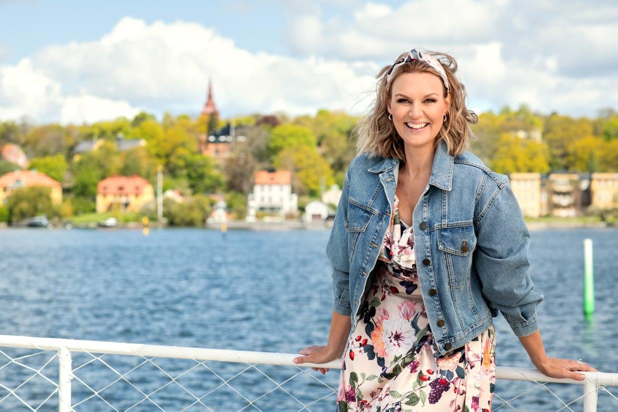 Allsång på Skansen -ohjelman juontaa tänäkin vuonna Sanna Nielsen.