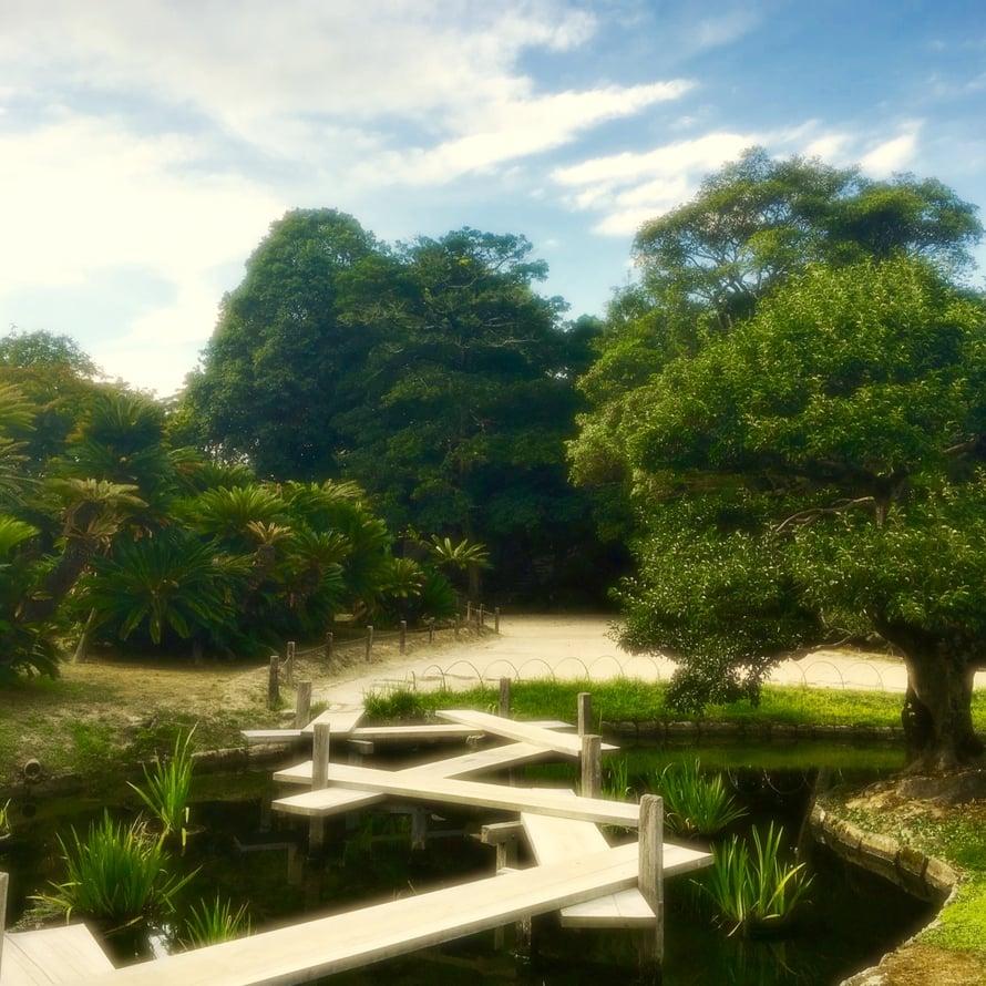 Kuvat ovat Japanin Okayaman kuuluisimmasta puutarhasta, joka on täydellinen keidas vaikkapa opiskeluun.