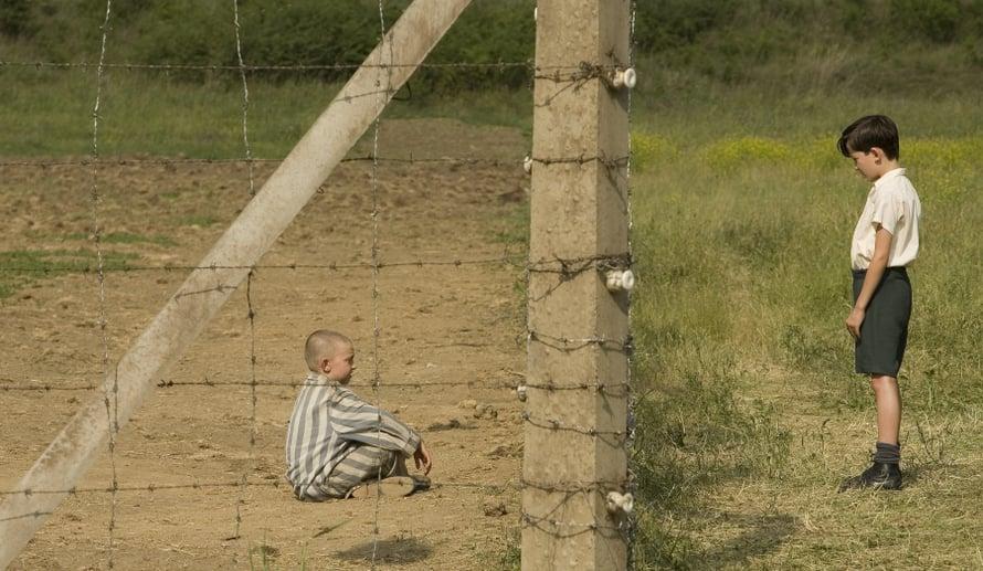 Poika raidallisessa pyjamassa (2008).