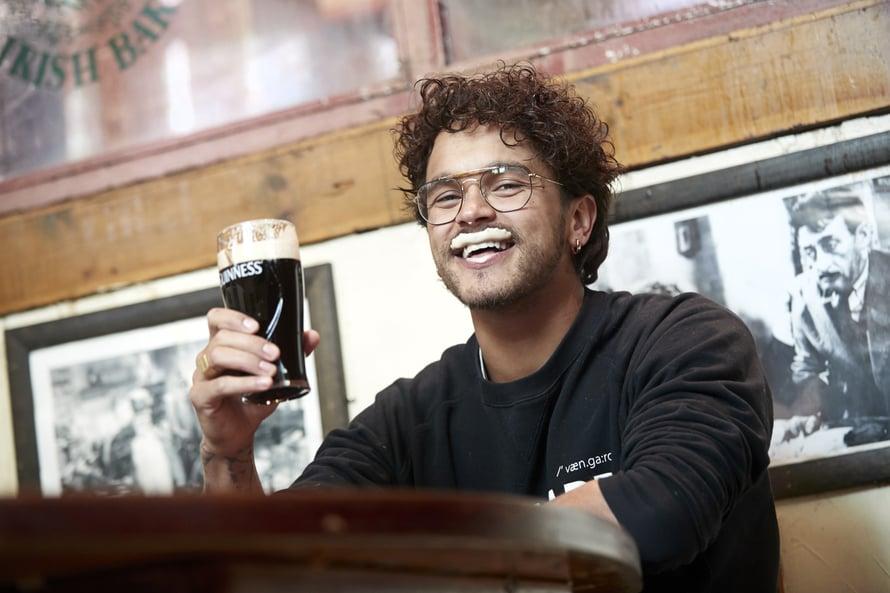 Lemppariolut on tumma Guinness.