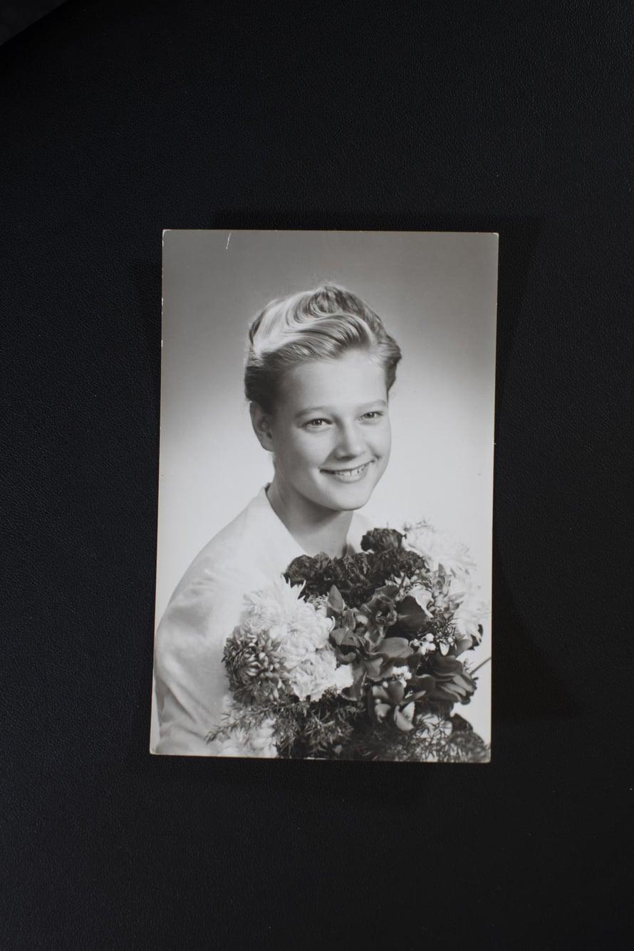 1960-luvun alkua Porissa, Marja-Leena rippikuvassaan.