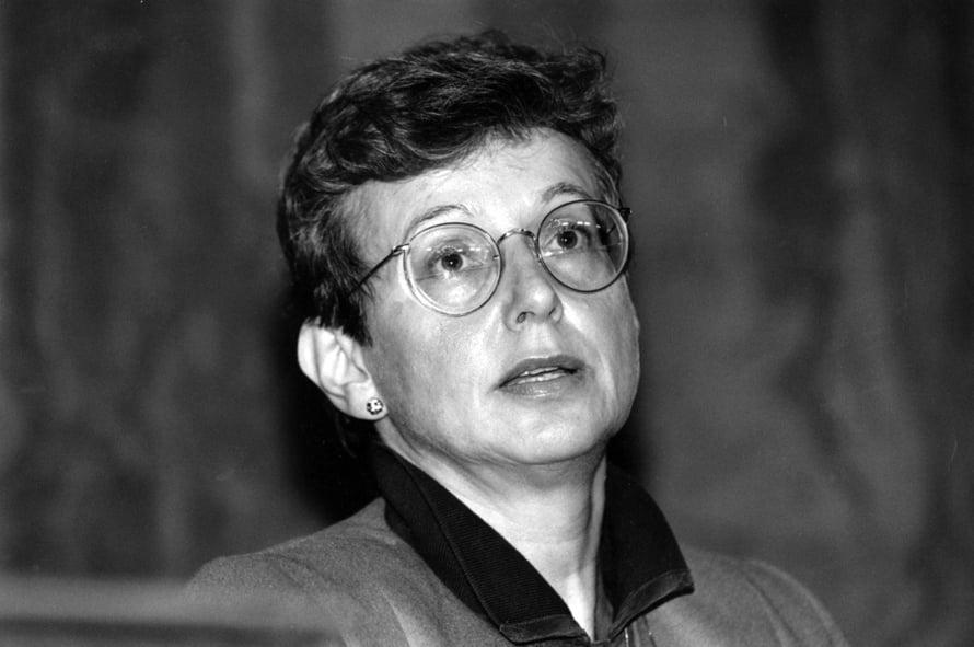 Suomen Pankin pääjohtajana aloittaa Sirkka Hämäläinen (s. 1939). Sitä ennen hän oli ensimmäinen naisjäsen keskuspankin johtokunnassa.